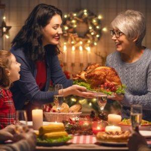 Christmas Dental Tips - Eating Dinner family