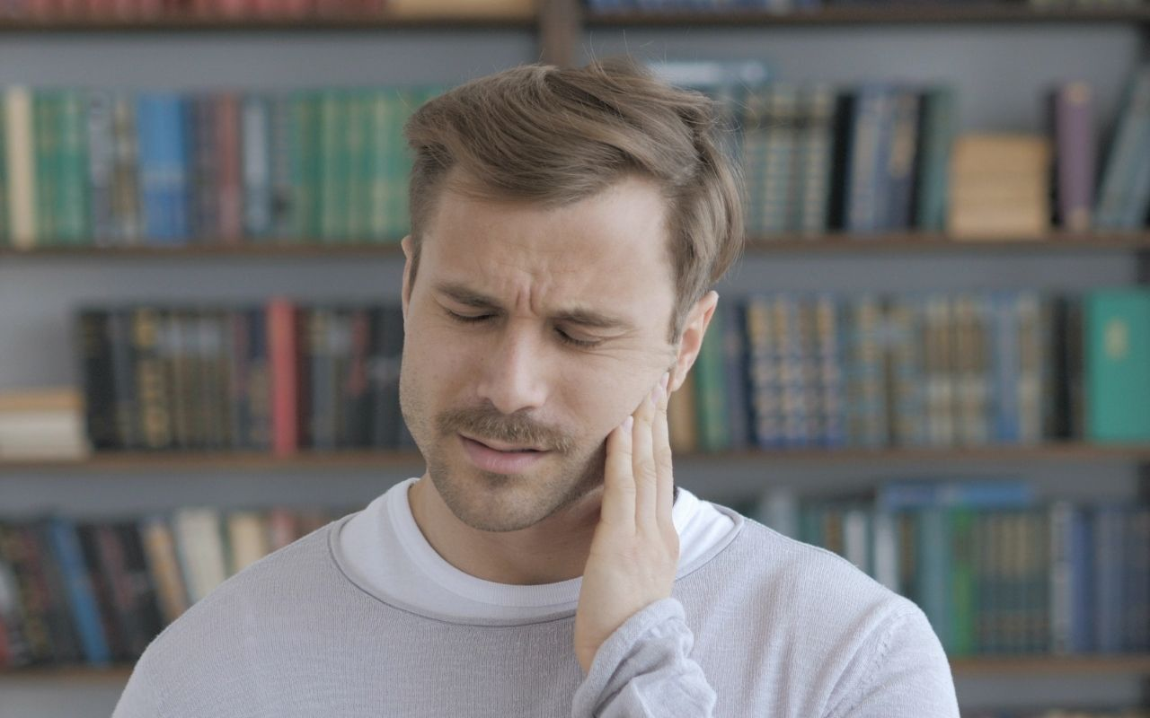 ear-infection-and-tooth-pain-Bradford-Dentist